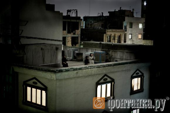 Пьетро Мастурцо (Италия). Гран-при World Press Photo: Женщины-диссидентки на крыше в Тегеране
