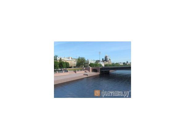 Ново-Адмиралтейский мост - до заводского цеха?