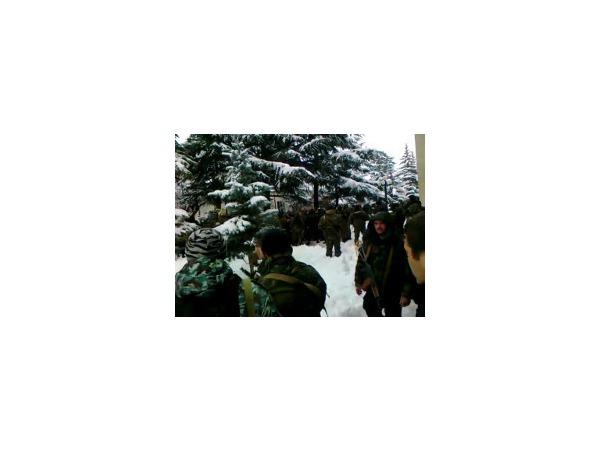 Сторонники Джиоевой стягиваются к дому правительства Южной Осетии