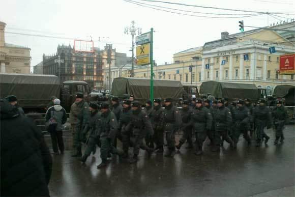 Московская полиция готовится к обеспечению порядка. Фото: yfrog.com/z/hwlm2fbj