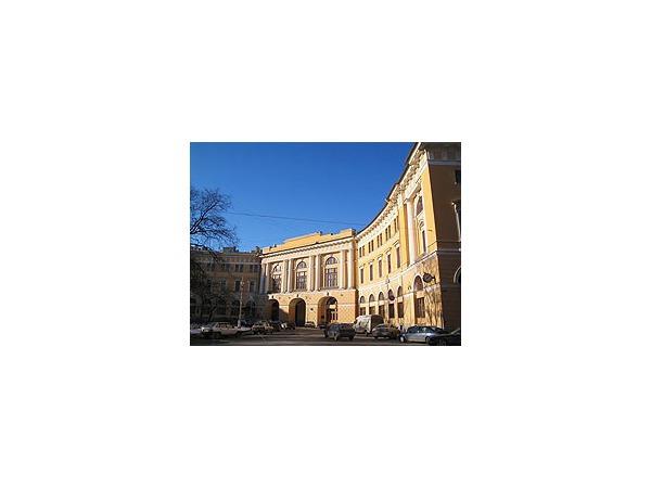 Главным архитекторам Петербурга хотят отремонтировать кабинеты за 14 млн