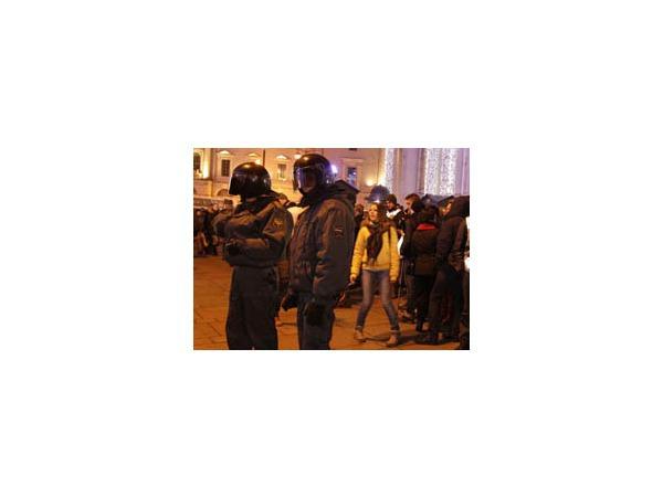 """У Гостиного двора задержали около 70 участников """"Стратегии-19"""""""