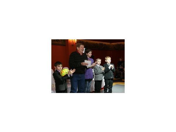 Звездные пингвины от Охлобыстина и Ваенги улыбнутся детям