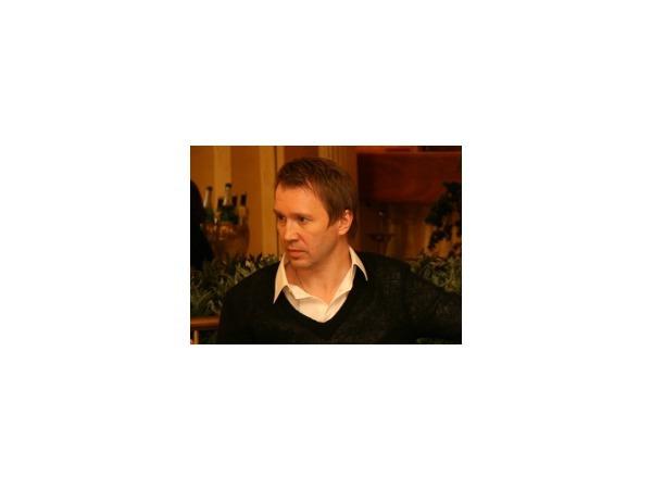 Евгений Миронов: «Я бы скорее умер, чем сказал, что нуждаюсь в анальгине»
