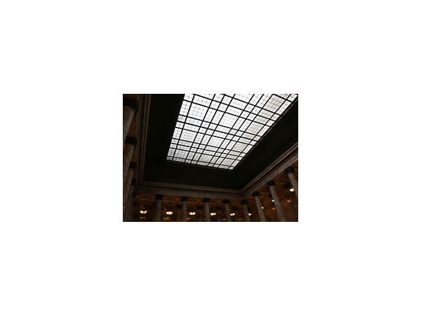 В Этнографическом музее представили публике отреставрированный потолок Мраморного зала