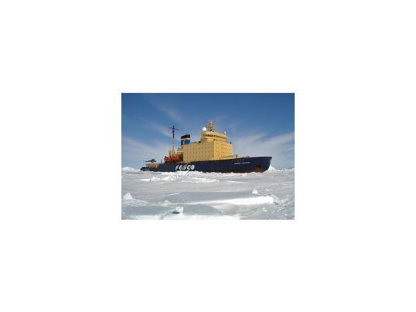 Отношения ОСК и Балтзавода сковало льдом