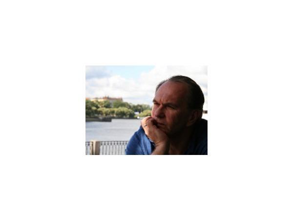 Алексей Гуськов: «Я был и на Болотной и на Сахарова, но сейчас у всех есть право выбора»