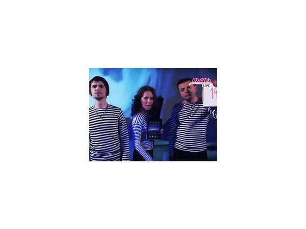 Трио в лодке - Собчак, Парфенов и Вася Обломов - спели для Медведева