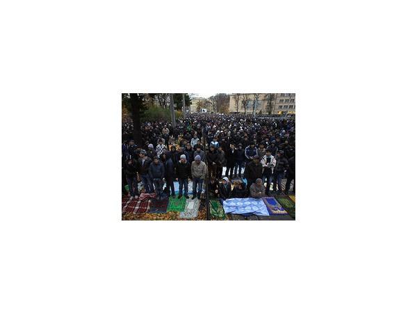 """Утром 4 октября """"Горьковскую"""" закроют на вход в связи с праздником Курбан-байрам"""