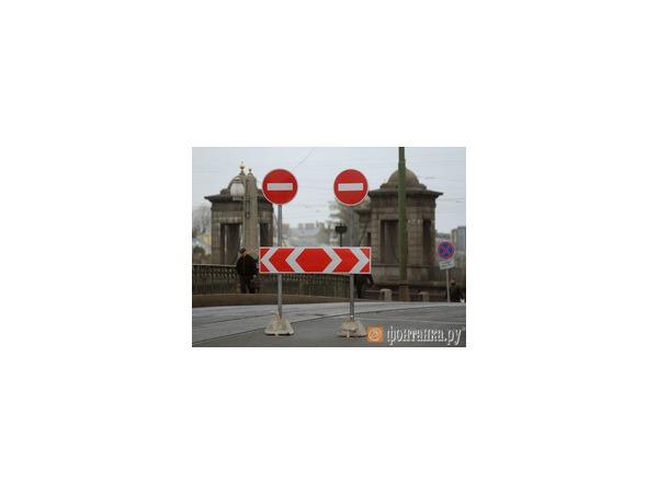 Старо-Калинкин мост остановит юго-запад Петербурга
