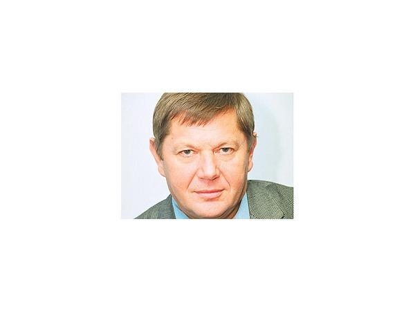 Владимир Васильев: Не надо пытаться выстроить всех