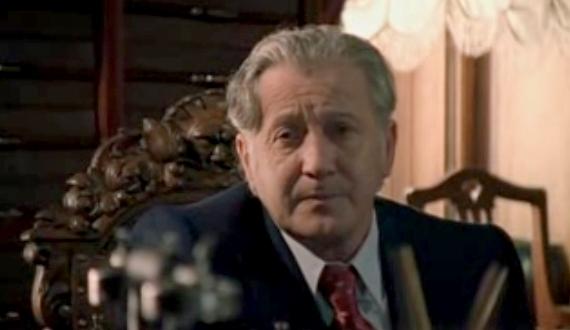 Бойден Макнейер в сериале «Новые приключения Ниро Вульфа и Арчи Гудвина» (серия «Тайна красной шкатулки»)