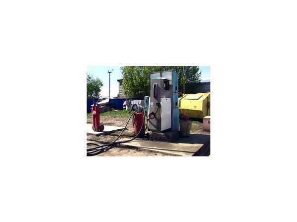 В Петербурге у «ЛУКойла» и «Газпромнефти» ежедневно похищали тысячи литров нефтепродуктов