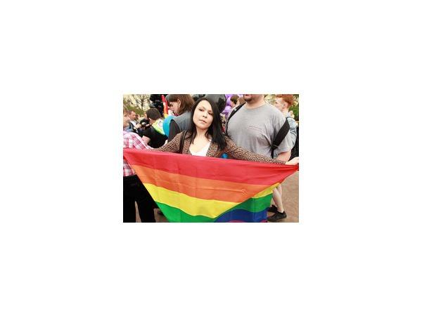 ЛГБТ-агенты:  Судья не закрыл процесс, он закрыл дверь