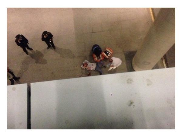 Очевидцы: В Пулково мужчина выпрыгнул с третьего этажа