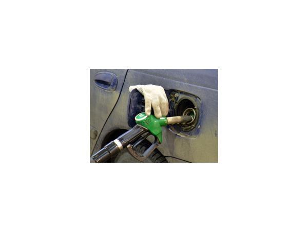 К Новому году — 37 рублей за бензин