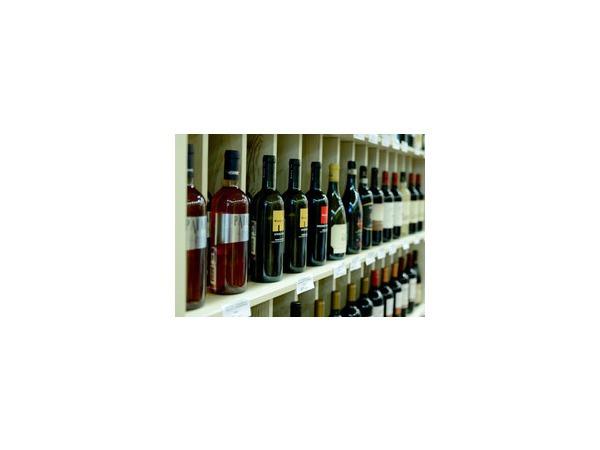 Госдума в очередной раз рассмотрит закон о запрете продажи алкоголя лицам моложе 21 года