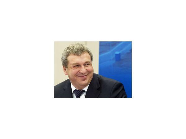 Полтавченко расчистил  Смольный под Слюняева