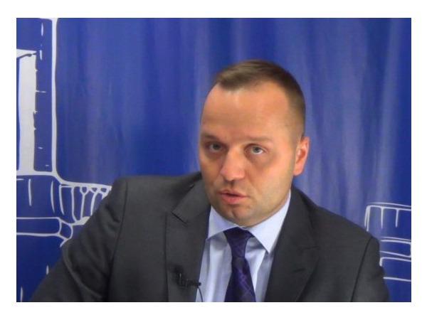 Сенатор Добрынин: Бизнес должен уметь выживать в кислотно-щелочной среде