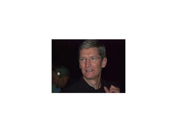 Тим Кук, глава корпорации Apple, признался в своей нетрадиционной сексуальной ориентации