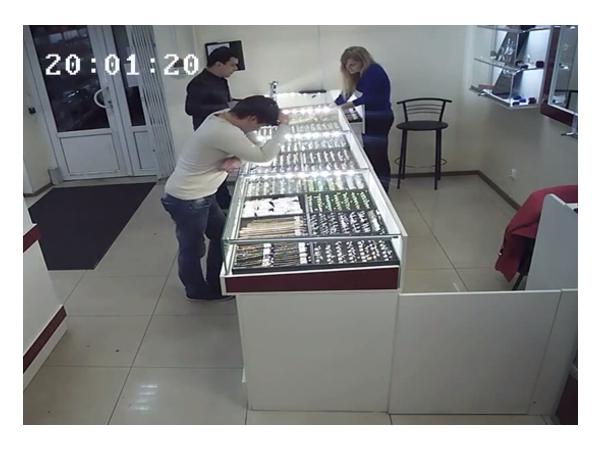 Из ломбарда на Московском унесли цепочку за 158 тысяч рублей