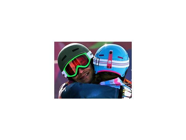 Алена Заварзина и ее муж Вик Уайлд, выигравшие три медали на Олимпиаде в Сочи, обеспечили прорыв нашей стране в сноуборде