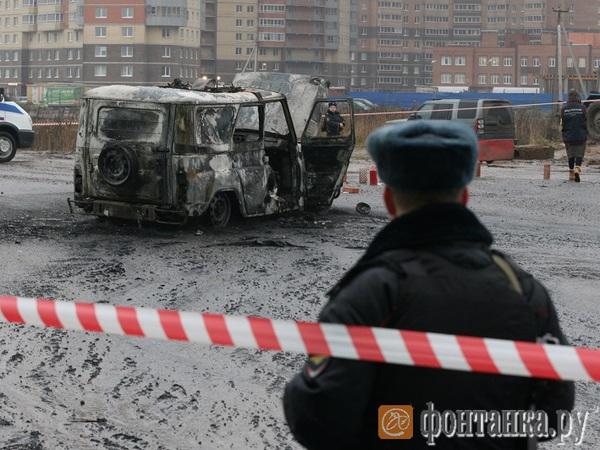 Двое полицейских погибли в результате расстрела в Петербурге