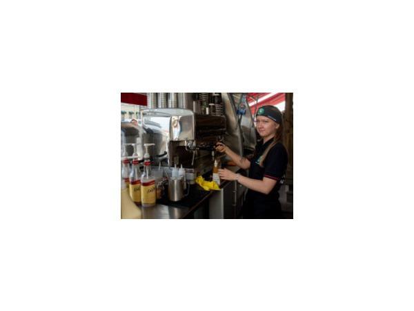 Австрийские кофейни смотрят вслед американским бургерным