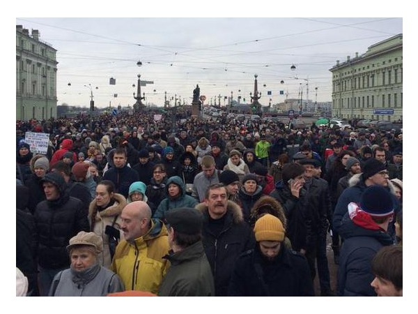 Марш памяти Бориса Немцова в Петербурге