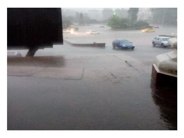В Москве снова сильный дождь и град