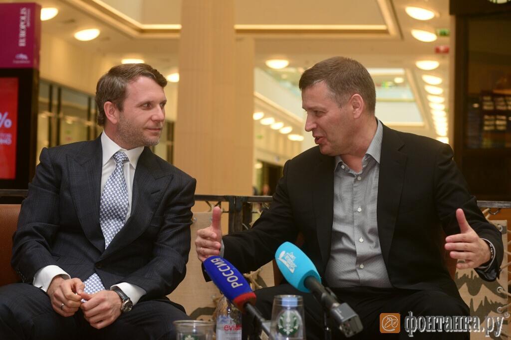 Слева:управляющий партнер компании FORT GROUP Максим Левченко ;справа: архитектор Евгений Герасимов.