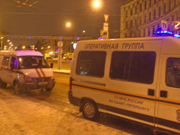 Авария на Светлановской площади закрыла участок 2-го Муринского проспекта