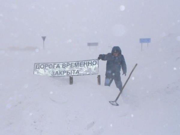 Застрявший в снежном заторе оренбуржец пожаловался в Кремль