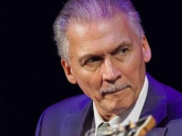 Гитарист-легенда Алексей Кузнецов отметит в Петербурге 55 лет в джазе