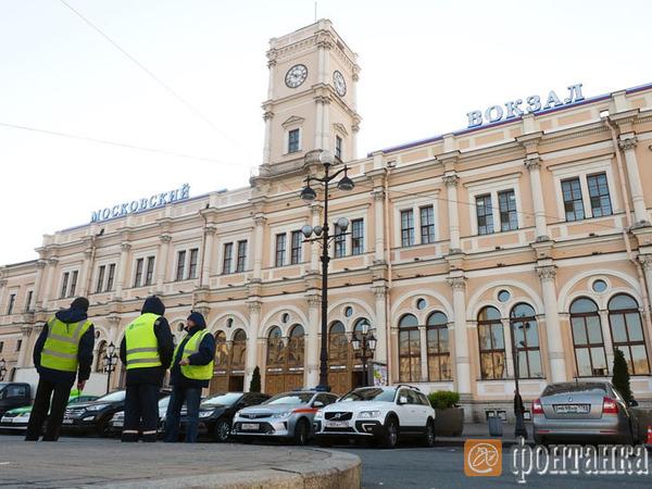 У Михальченко отобрали  парковку Московского вокзала