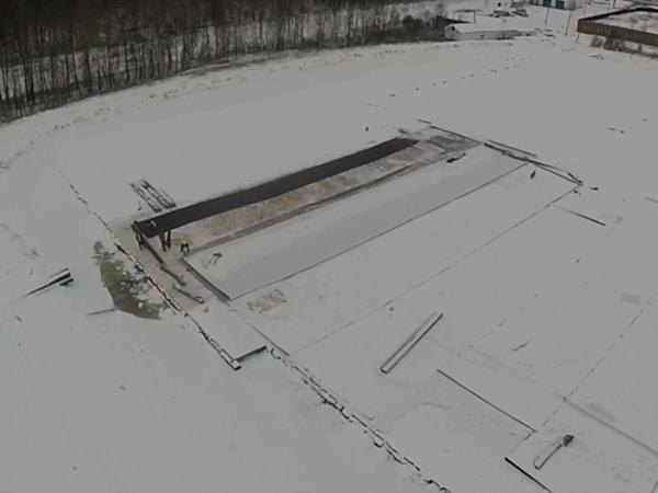 Экологи: В «Красном Бору» в снег укладывают понтоны за 120 млн рублей