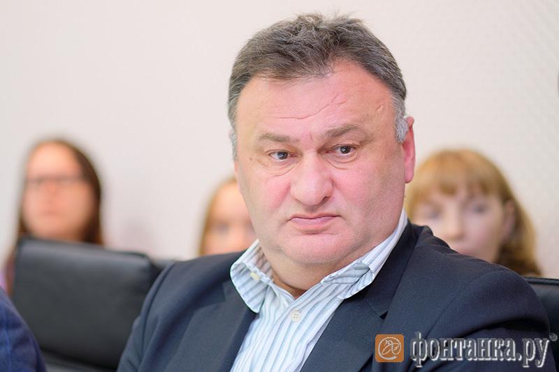 Олег Островский