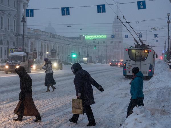 В Петербурге за сутки выпало до 20 см снега. Но это еще не все
