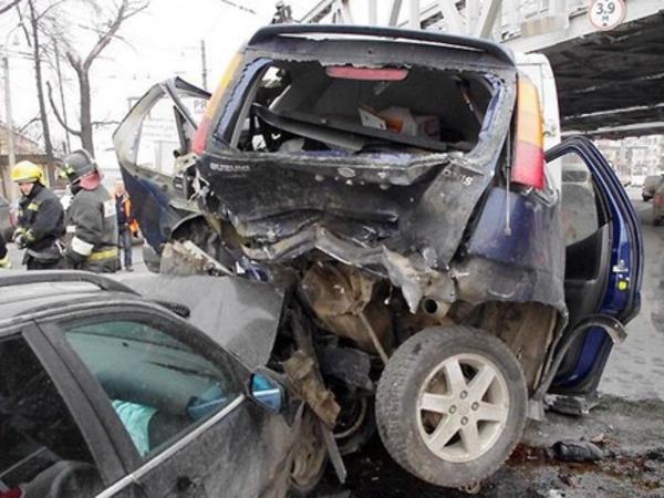 Подробности ДТП на Лесном: машины отбросило на 15 метров