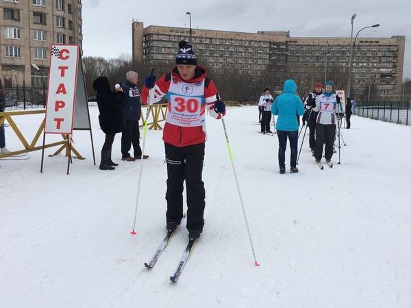 Сотрудники ЗакСа сдали нормы ГТО на лыжах