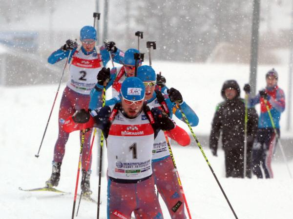 Мужская сборная по биатлону в преддверии чемпионата мира потренировалась в Кавголово