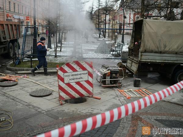 На Васильевском острове 670 зданий попали в зону прорыва теплосети