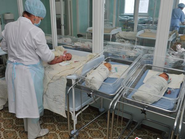 Как рождаются и умирают в Петербурге