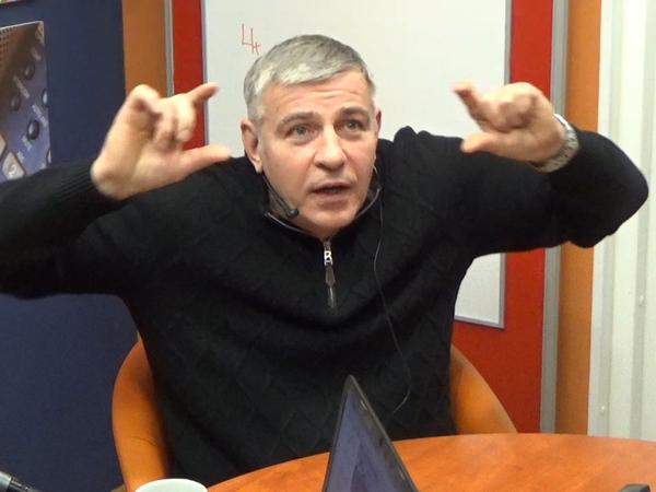 Евгений Вышенков знает, сколько БТР хранится на дачах в Ленобласти