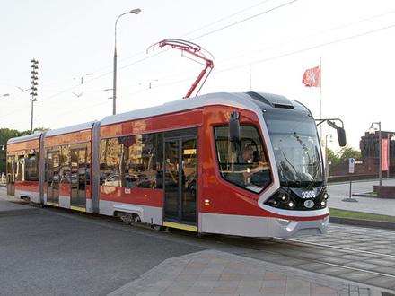 На транспортном форуме в Петербурге представят трамвай «Варяг»
