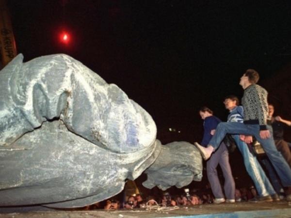 Фотожурналист Александр Земляниченко о Пулитцеровской премии и путче 1991 года