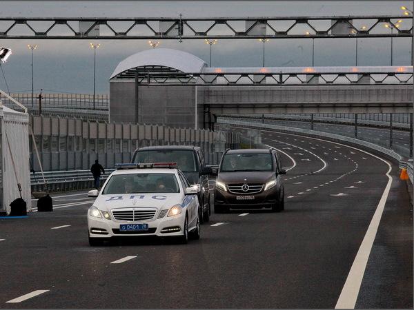 Путин открыл участок Киевского шоссе до Гатчины