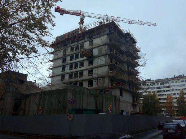 MASTER Серебристый бульвар 19: строительство комплекса ведется на уровне 9 этажа