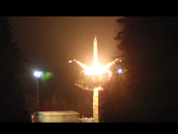 Путин лично запустил четыре баллистических ракеты