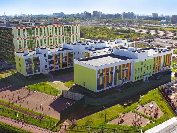 Минстрой назвал образцовым проект строительства школы в ЖК «Вена»